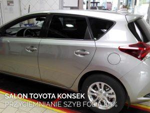 salon Toyota Konsek - przyciemnianie szyb folia 80%